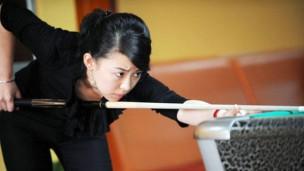 潘晓婷教你打台球