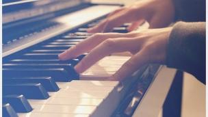 《成人键盘弹奏》快速学会歌曲弹唱